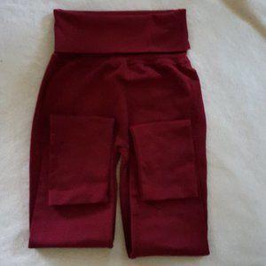 Leggings adjustable waist Hi or Lo fold down.